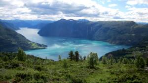 Hoch über dem Fjord: Aussicht vom Molden