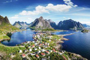 NOEVE001_Wandern_Norwegen_Lofoten_Reine-lofoten