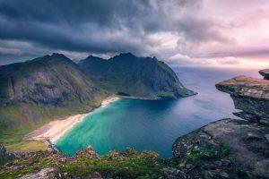 NOEVE001_Wandern_Norwegen_Lofoten_Ryten_Kvalvika