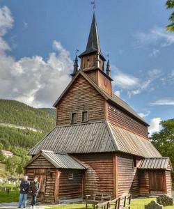 450px-Iglesia_de_madera_1