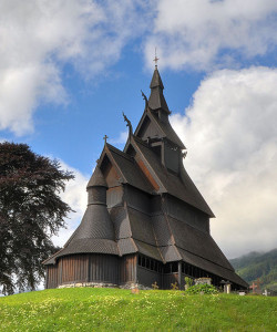 800px-Stave_church_Hopperstad_HDR_1