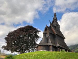 800px-Stave_church_Hopperstad_HDR_2