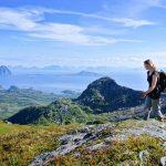Bergwanderung auf den Lofoten Foto: © Kristian Nashoug